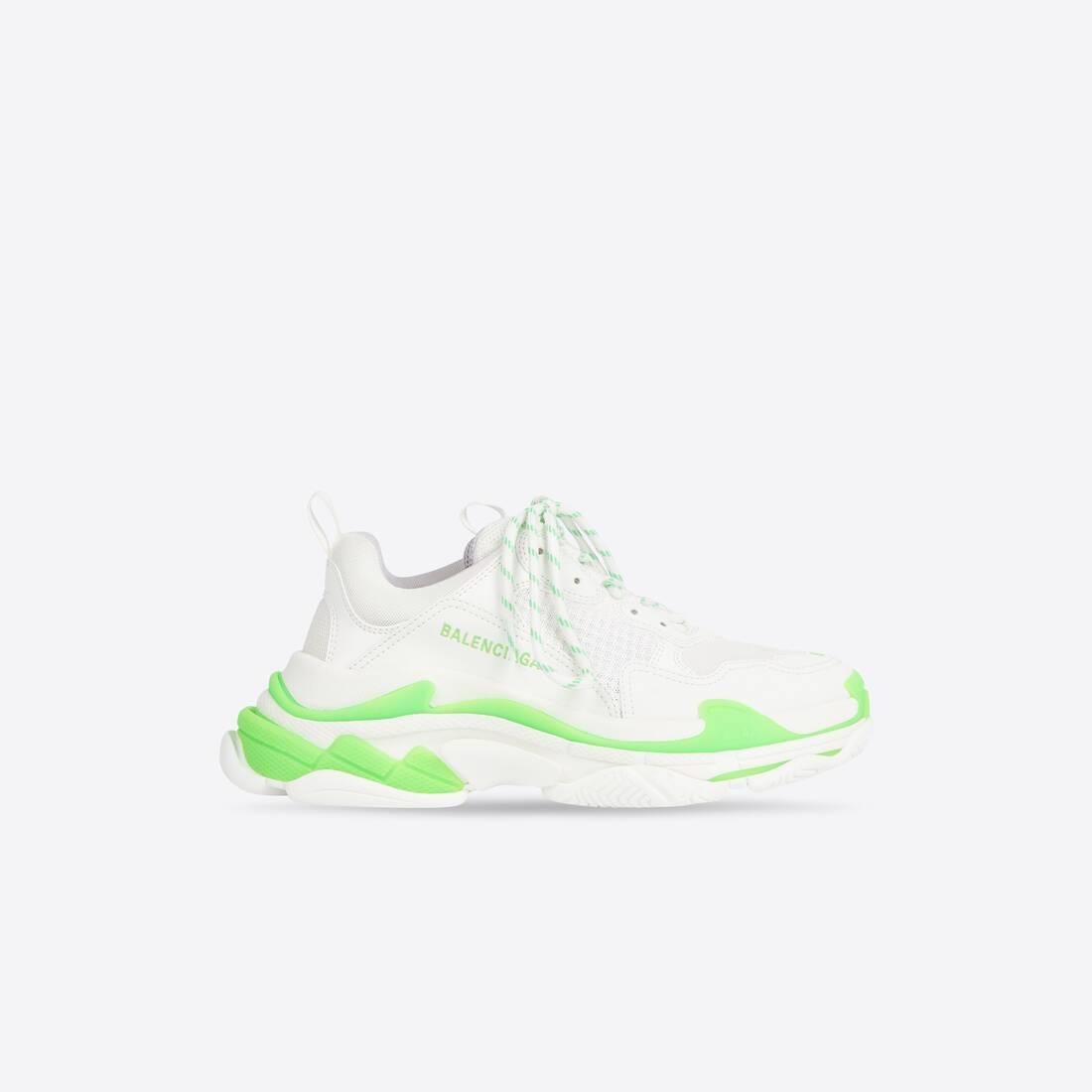 Display zoomed version of triple s sneaker 1