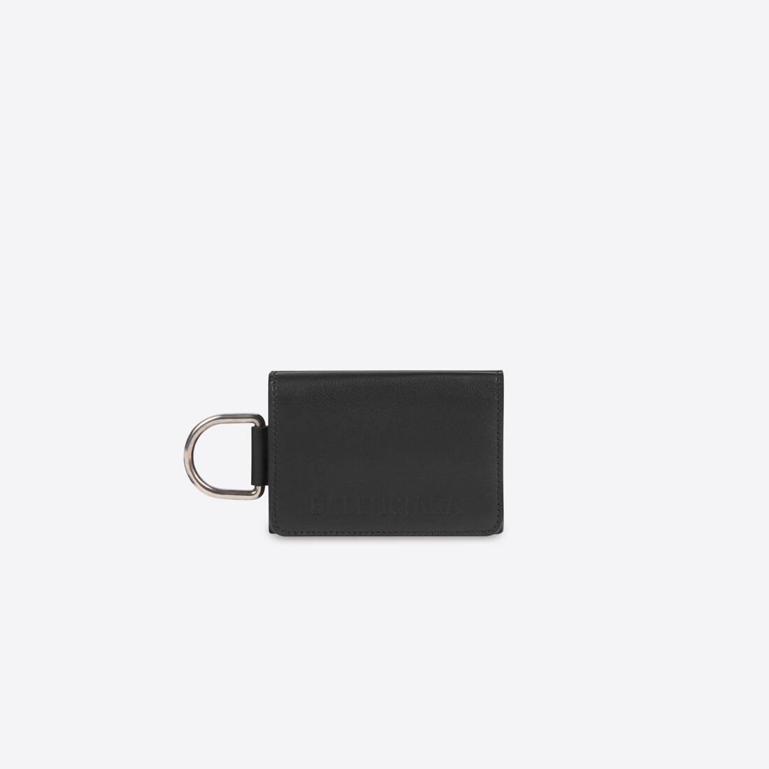 Display zoomed version of bondage mini wallet 1