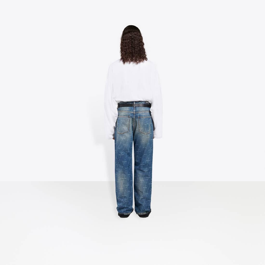 Display zoomed version of regular pants 6