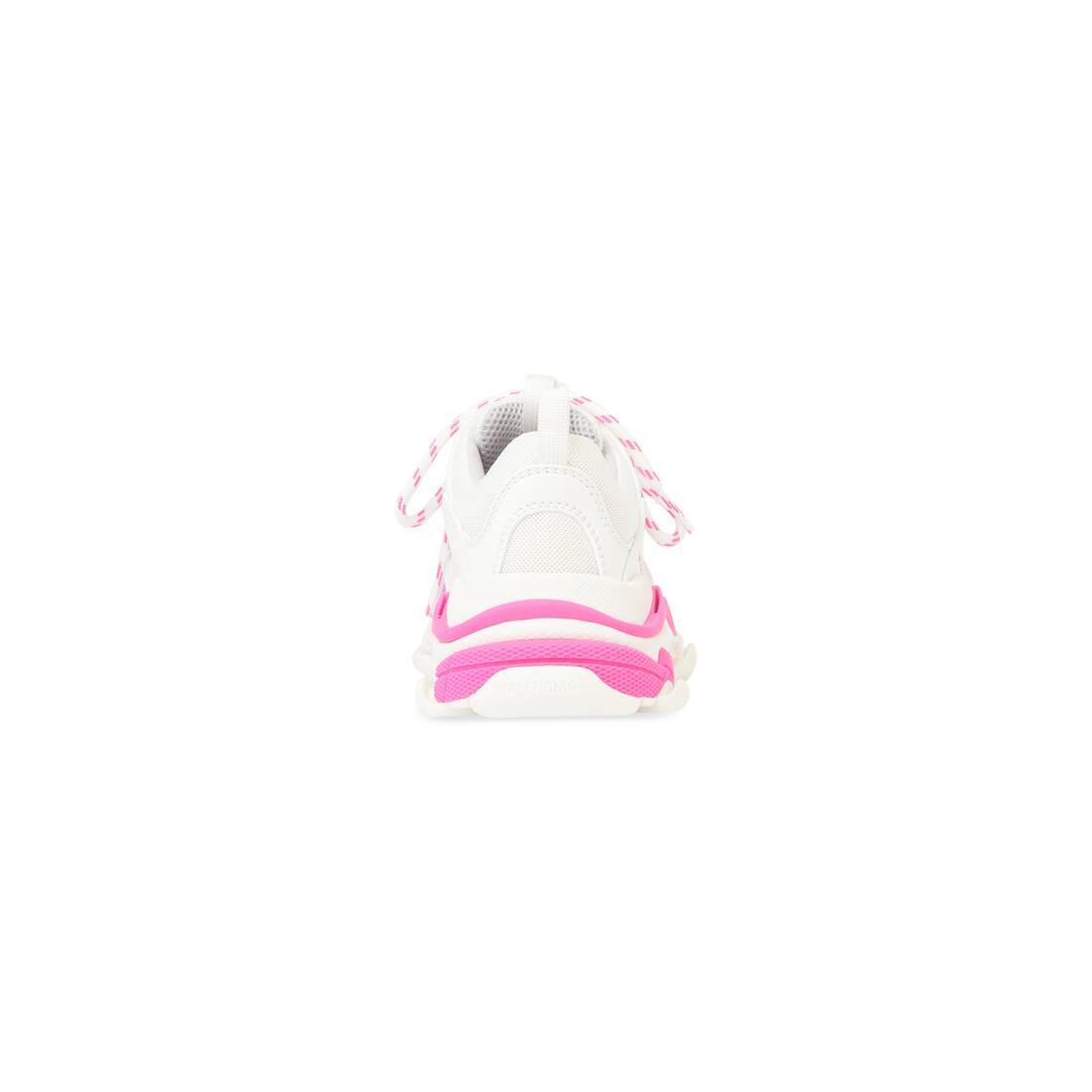 Display zoomed version of kids - triple s sneaker 2