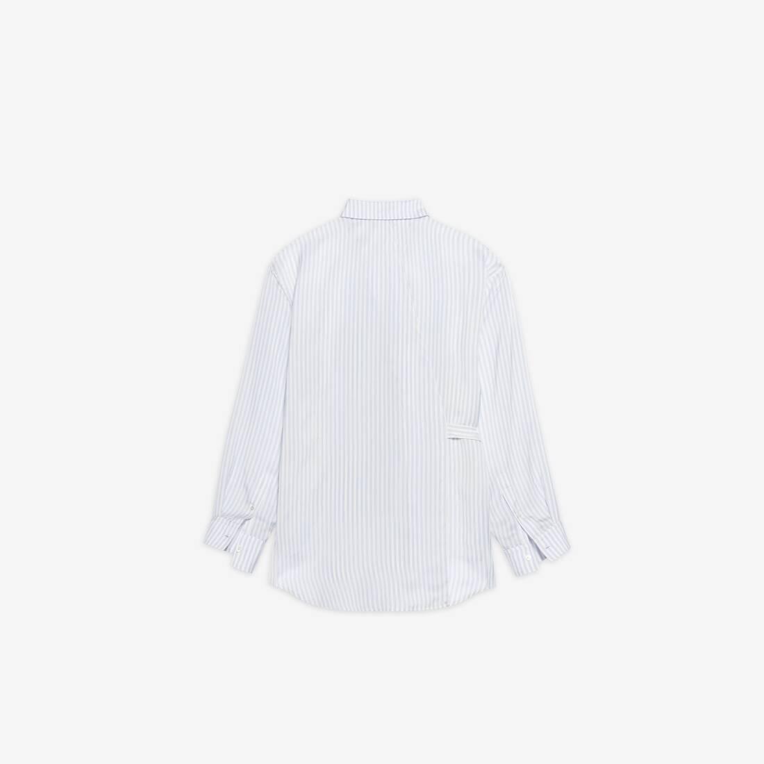 Display zoomed version of backwrap shirt 2