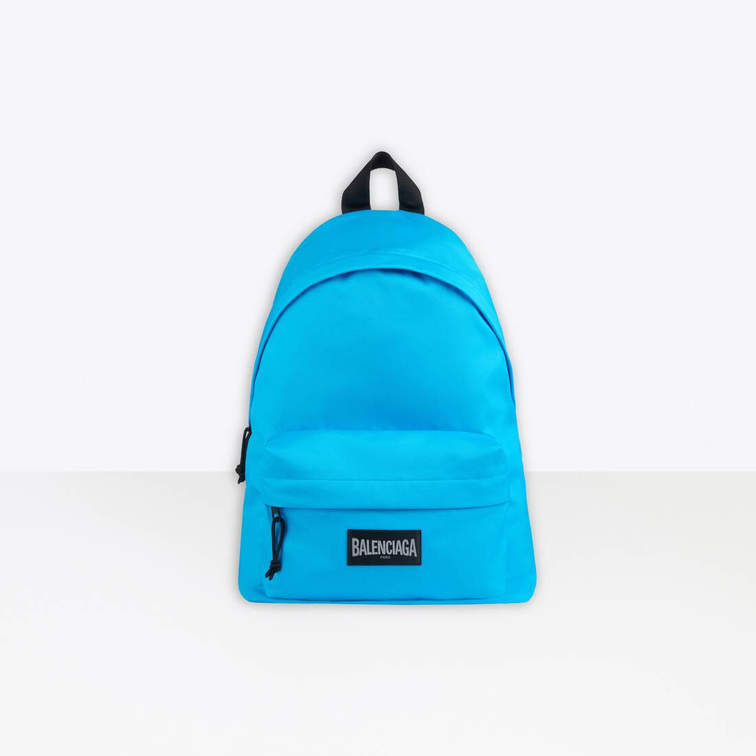 Display zoomed version of oversized xxl backpack 1