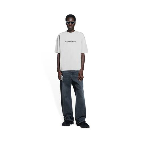 new copyright t-shirt medium fit