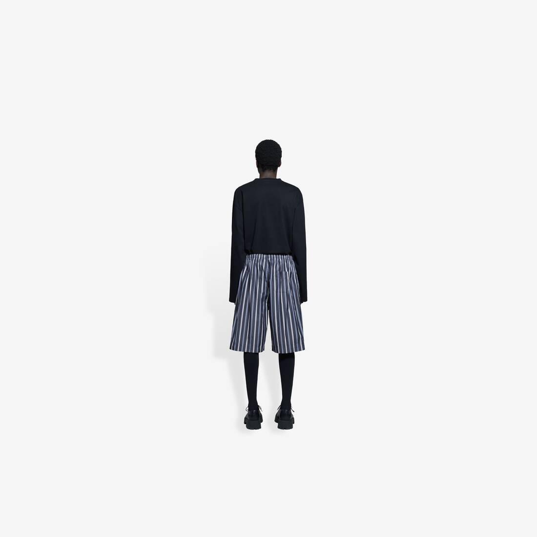 Display zoomed version of pajama shorts 5