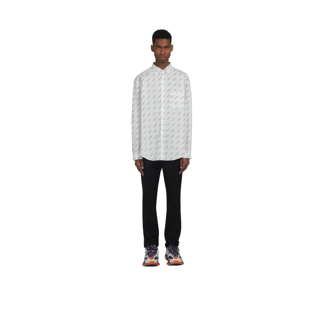 Display zoomed version of normal fit shirt 6