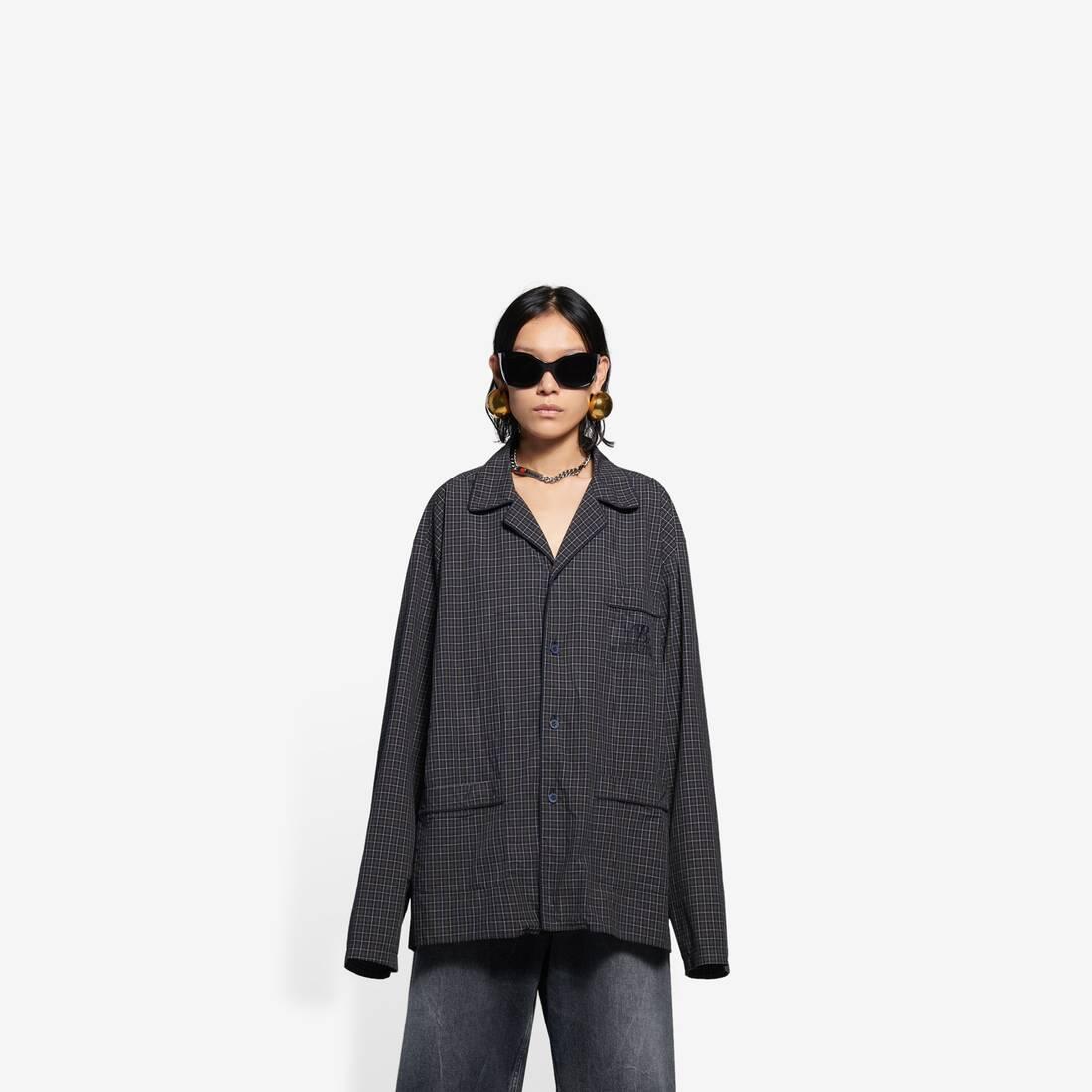 Display zoomed version of pajama shirt 1