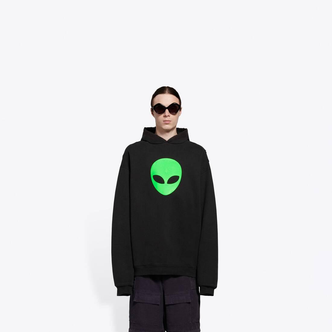Display zoomed version of alien sport hoodie 3