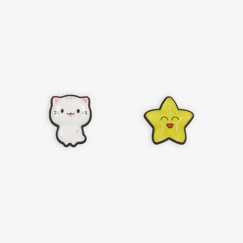sticker cat and star earrings