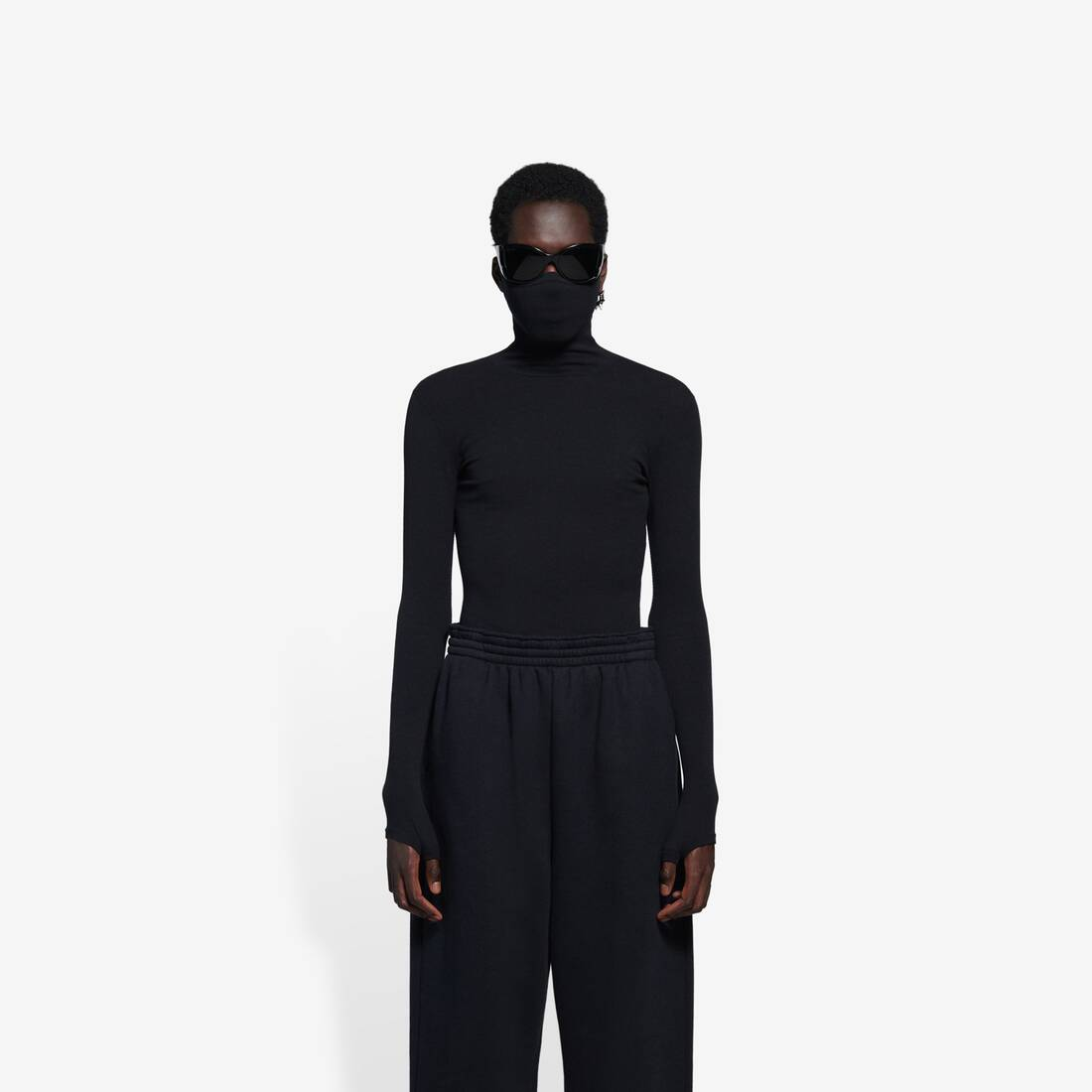 Display zoomed version of mask turtleneck 2