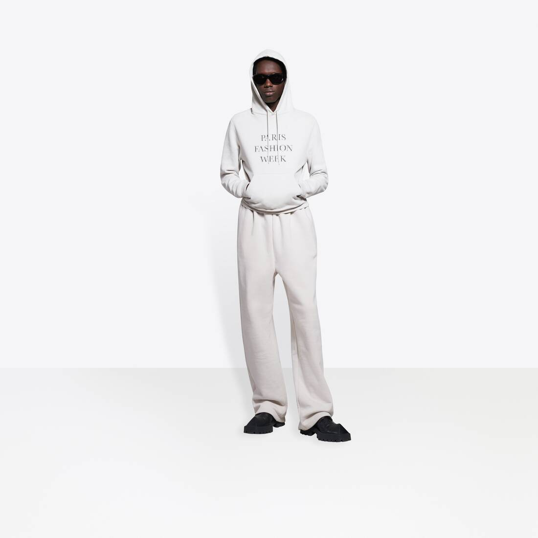 Display zoomed version of hoodie fashion week flatground 6