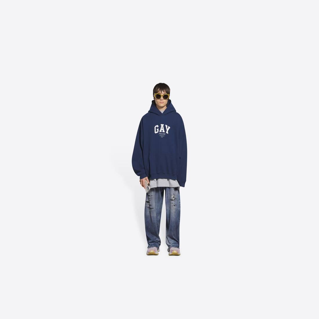 Display zoomed version of pride boxy hoodie 6