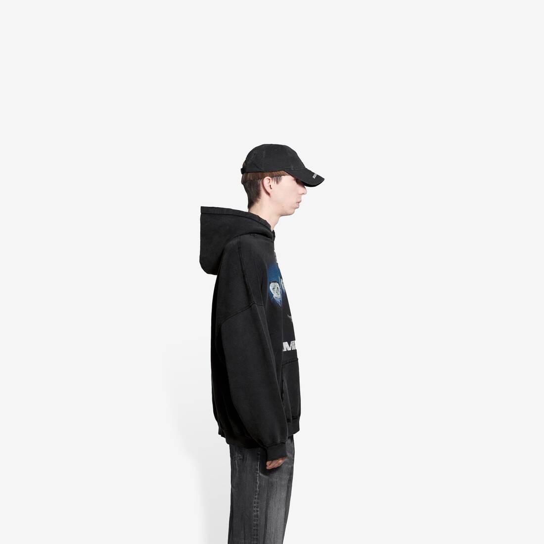 Display zoomed version of rammstein boxy hoodie 4