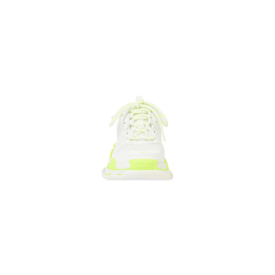 Display zoomed version of kids - triple s sneaker 3