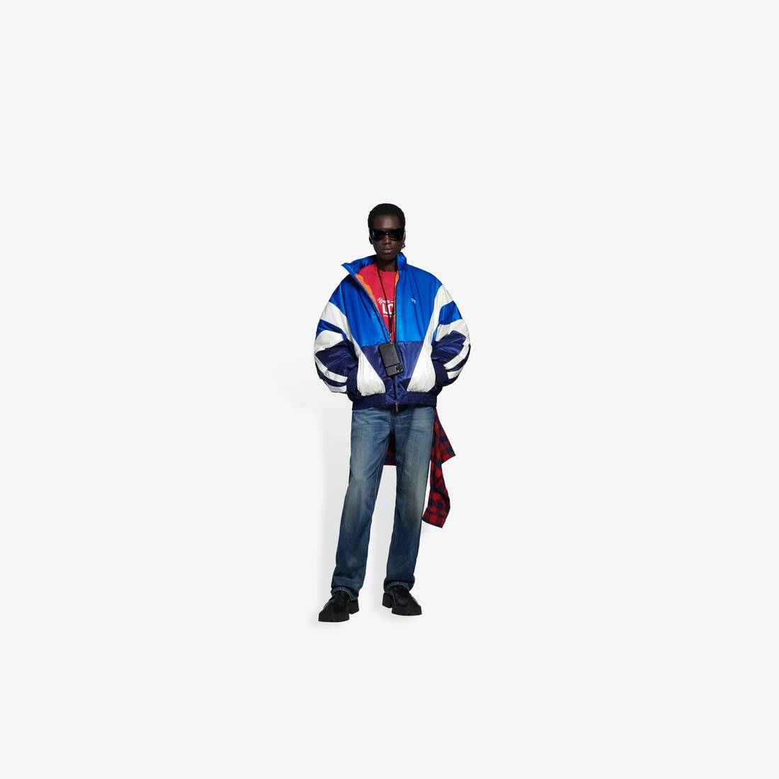 Display zoomed version of padded tracksuit jacket 3