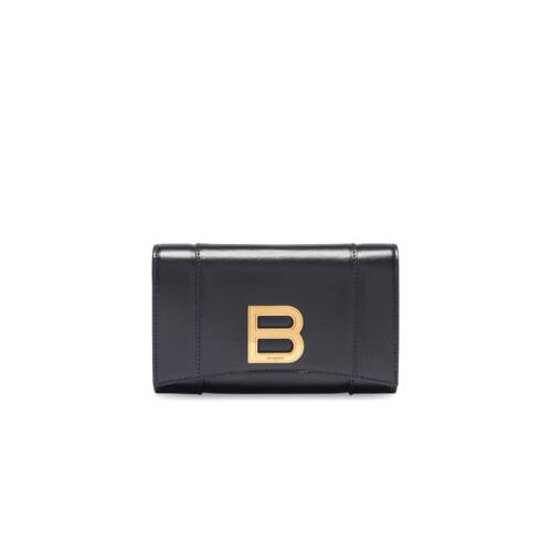 hourglass medium wallet