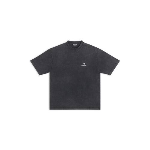 sporty b medium fit t-shirt