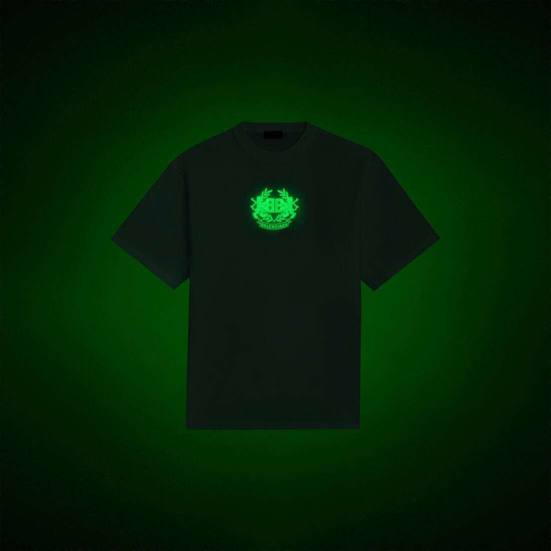 Display zoomed version of gitd lion's laurel boxy t-shirt 1